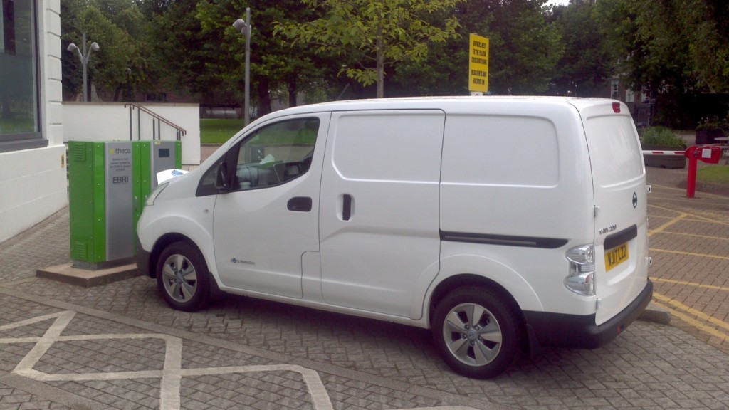 A Exeter Nissan e-NV200 plugged in to the V2G charging station at EBRI